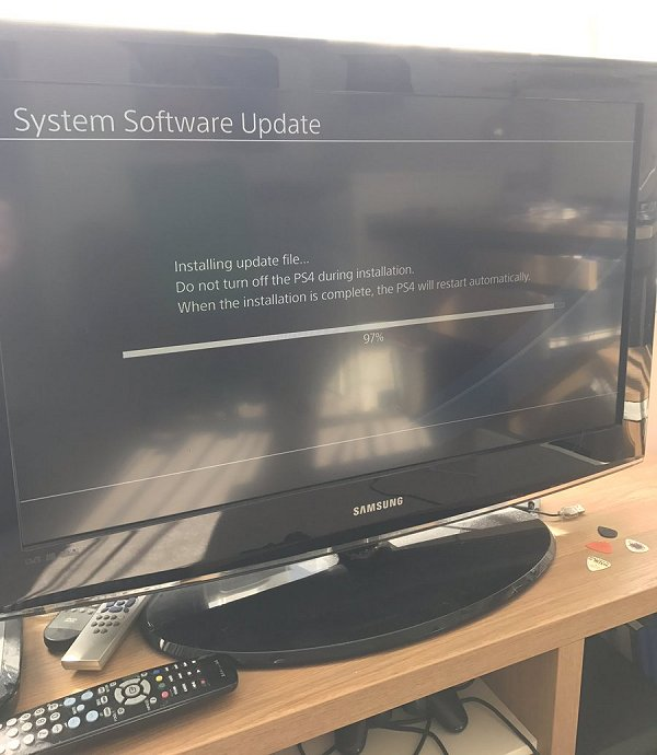 CTurt Updates to 4.06, Specter Porting Qwertyoruiopz's PS4 Exploit to 3.55.jpg