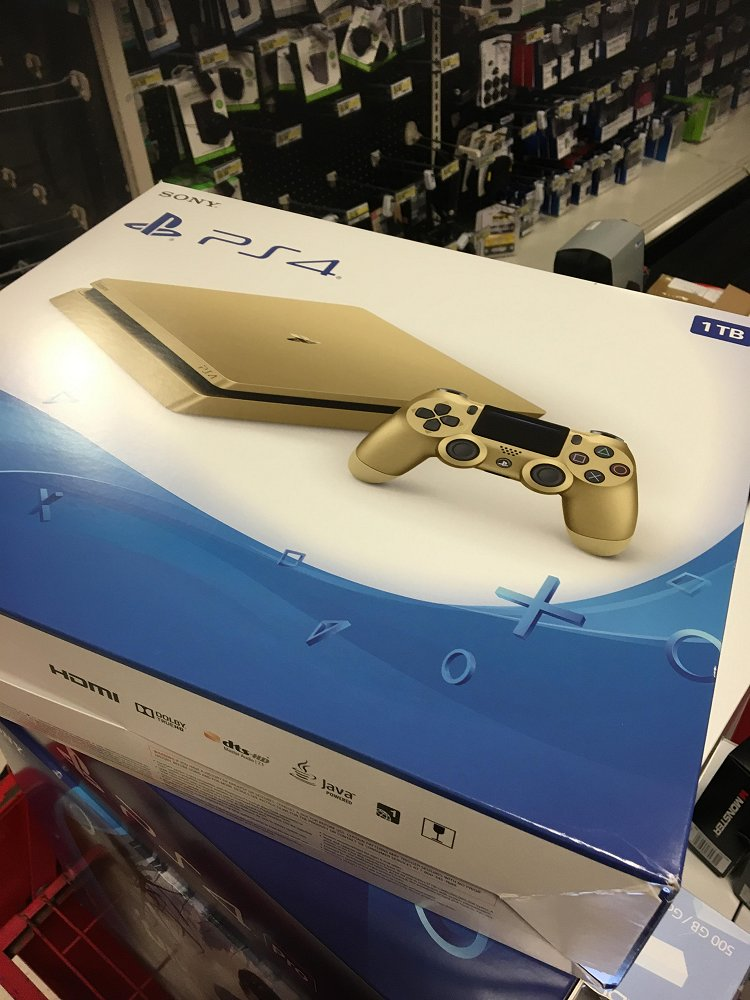 Gold PS4 Slim 1TB Box Image & Rumors of June Release Spotted 2.jpg
