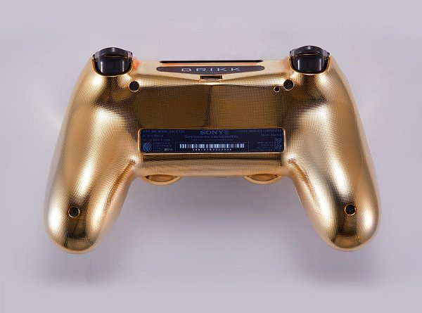 Lux DualShock 4 (DS4) Controller for PS4 in 24K Gold and Diamonds 7.jpg