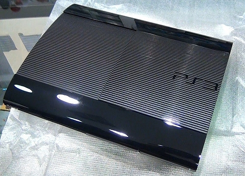 PS3_Ultra_Slim.jpg