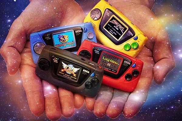 Sega's Game Gear Micro Arrives October 6th in Japan, Demo Video.jpg